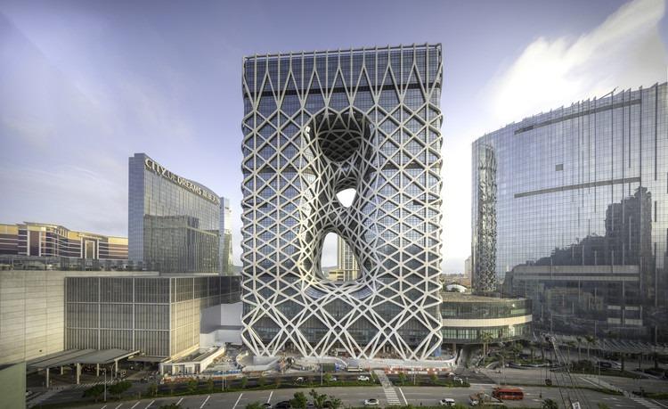 زاها حدید، بانوی معماری جهان