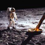 آیا انسان واقعا به ماه سفر کرد؟