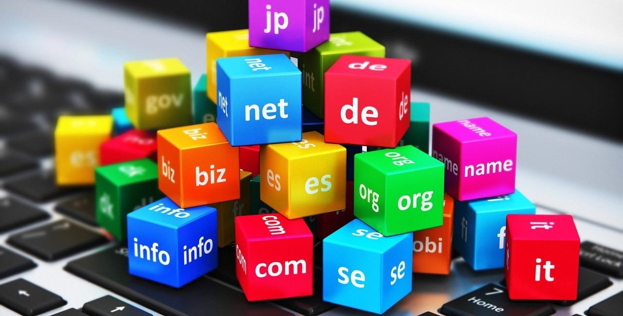 چطور یک نام خوب برای دامین وبسایت و برند خود انتخاب کنیم؟