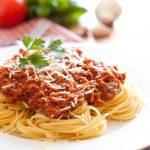 طرز تهیه ماکارونی با گوجه فرنگی