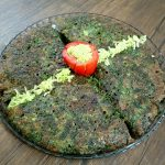 طرز تهیه کوکو سبزی با گردو و زرشک