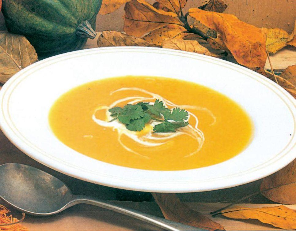 طرز تهیه سوپ ادویهای کدو تنبل