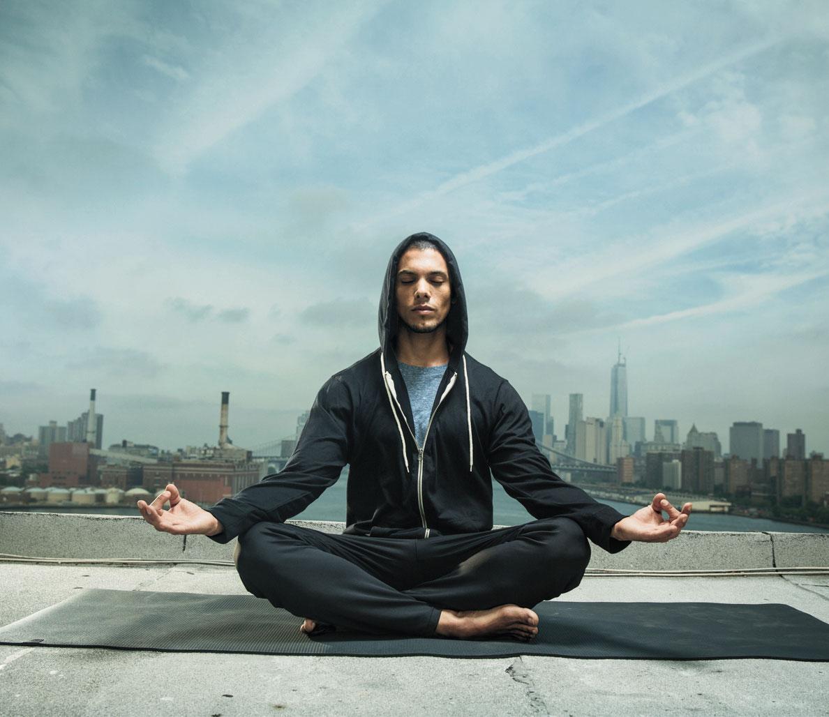 یوگا چطور میتواند به نفخ شکم کمک کند؟