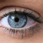 عوارض چشمی دیابت چه چیزهایی هستند؟