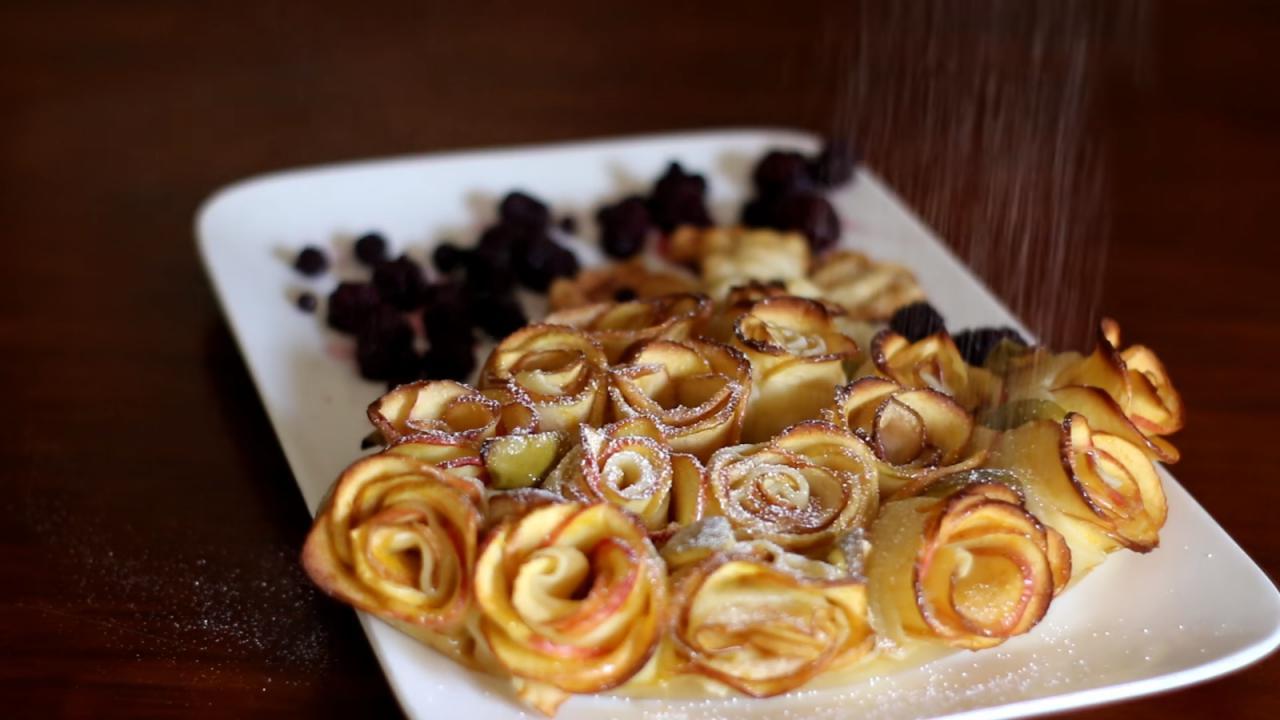 آموزش ویدیویی طرز تهیه شیرینی گل رز با سیب