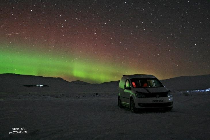 شفق قطبی و آسمان سرخ و سبز اسکاتلند