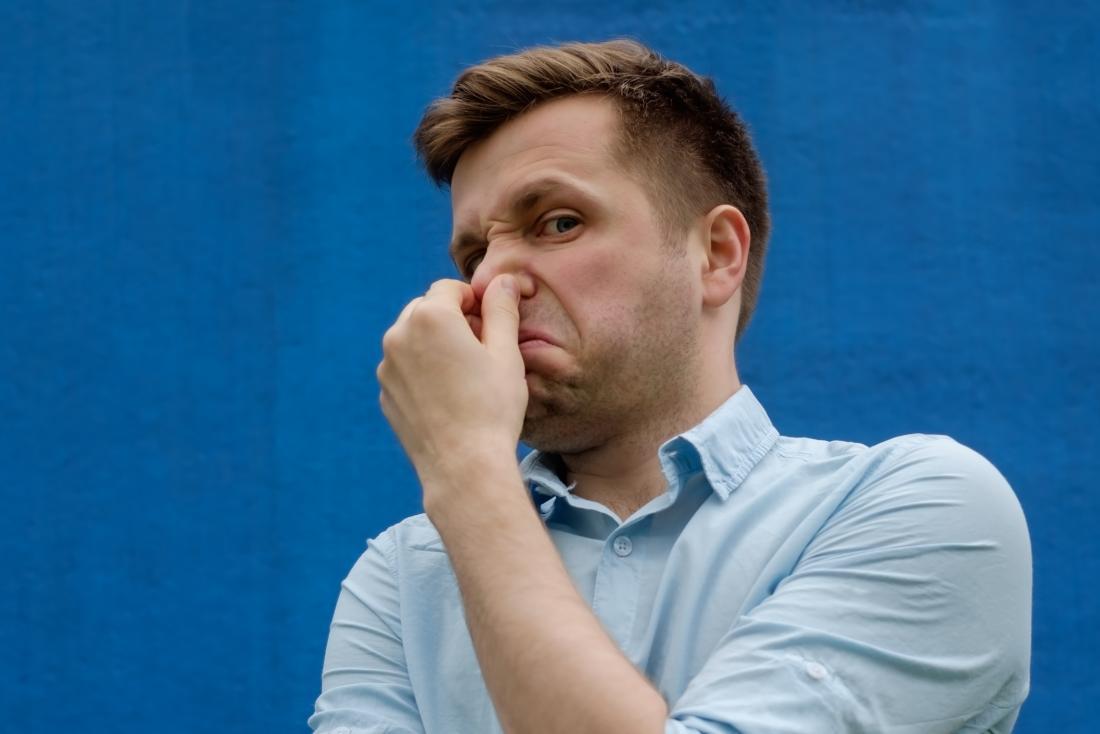 ۷ روش برای از بین بردن بوی بد دهان در خانه