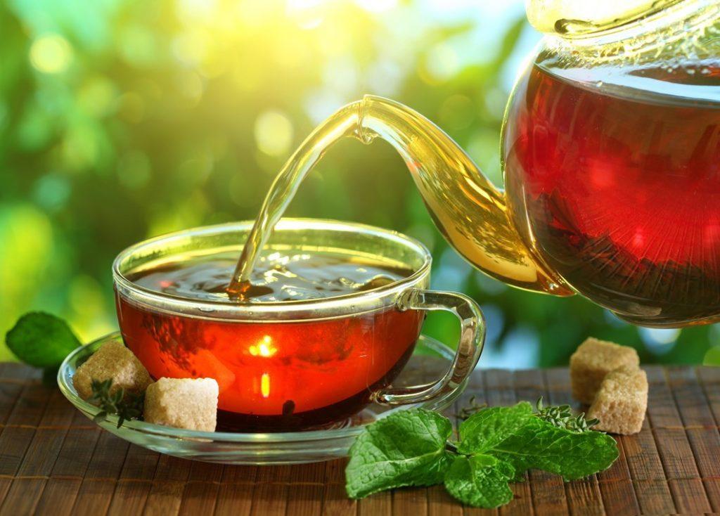 چای بنوشید (اما با رعایت اعتدال)