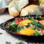 آموزش و طرز تهیه صبحانه ترکی شاکشوکا