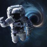 چه میشود اگر به درون یک سیاهچاله سقوط کنید؟