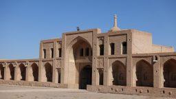 پیشینه تاریخی کاروانسراها در ایران