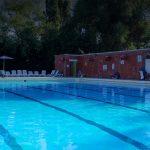 شنا در استخر عمومی خطرناکتر است یا در استخر سوخت هستهای؟