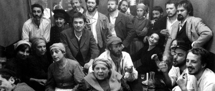 فیلم کمون پاریس