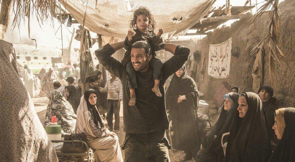 نمایش فیلم های سینمایی در کمپ اعتیاد