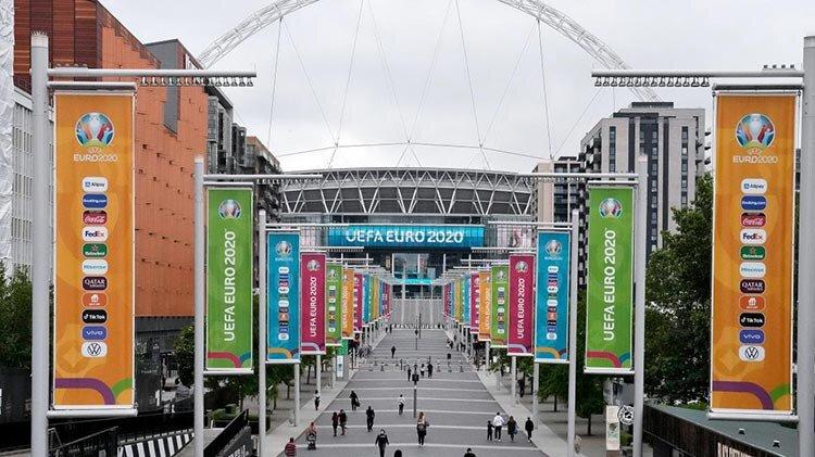 سایه سنگین یورو ۲۰۲۰ بر سر جشنواره کن |شبی که سینما میدان را به فوتبال واگذار میکند