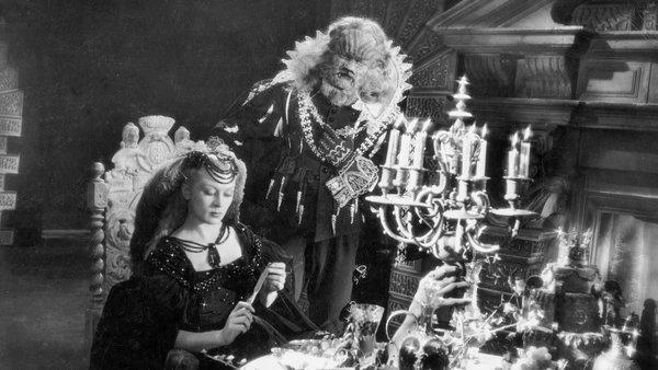 ۸- La Belle Et La Bete (1946)